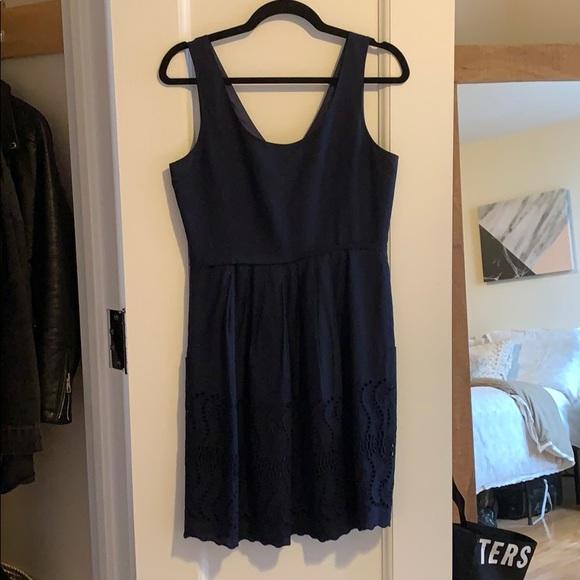 J. Crew Dresses & Skirts - Navy cotton J Crew dress with scallop hem